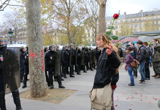 Stand-off at Place de la République